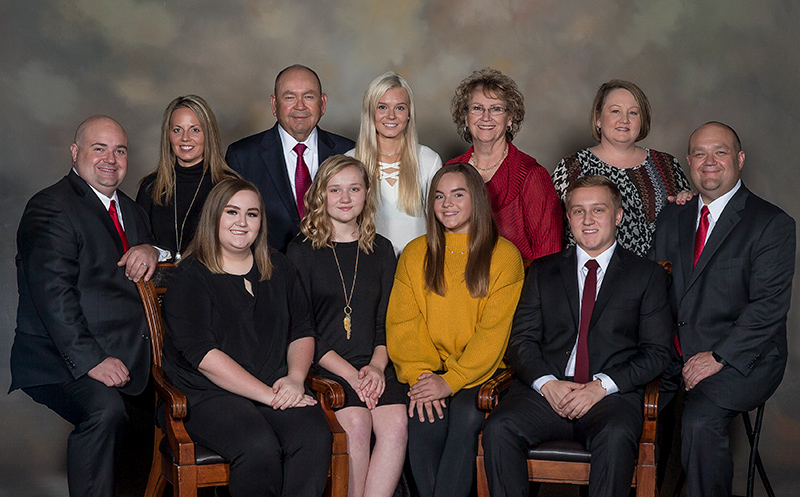 Governor Anoatubby recent family portrait